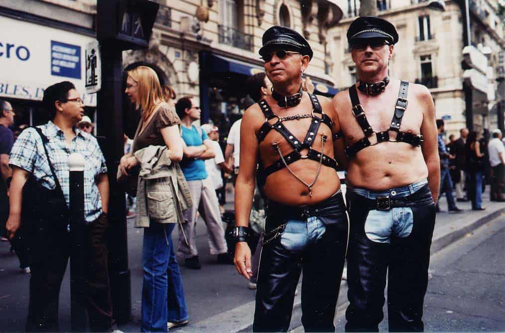 LGBTQ+ Guide to Paris: Gay Bars, Lesbian Clubs, Queer Parties, LGBTQ+  Organisations, Gay Saunas - Queer Europe